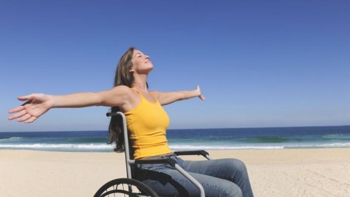 A bénult és mozgássérült betegek mindennapi segédeszközei