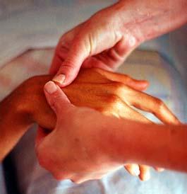 ízületi betegségek időskorúak kezelésében mi segít az ízületi gyulladásokban